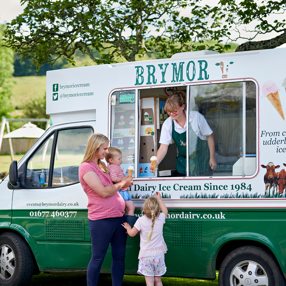 square-ice-cream-van